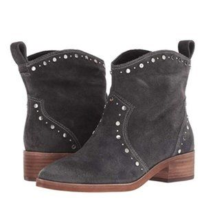 NWOT Dolce Vita Tobin Studded Suede Ankle Boot